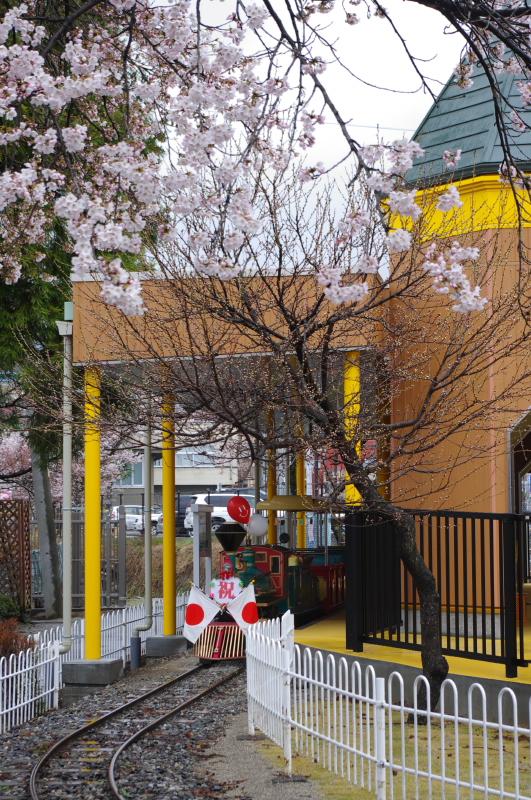長野県飯田市立動物園「弁慶三世号」