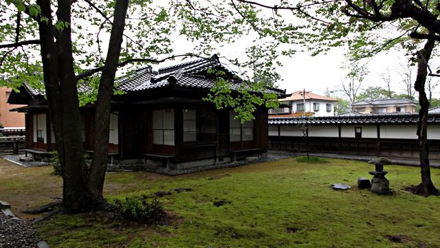 飯田市美術博物館「日夏耿之介記念館」
