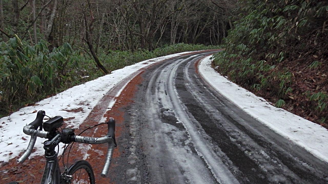 大平街道(長野県道8号線)積雪区間